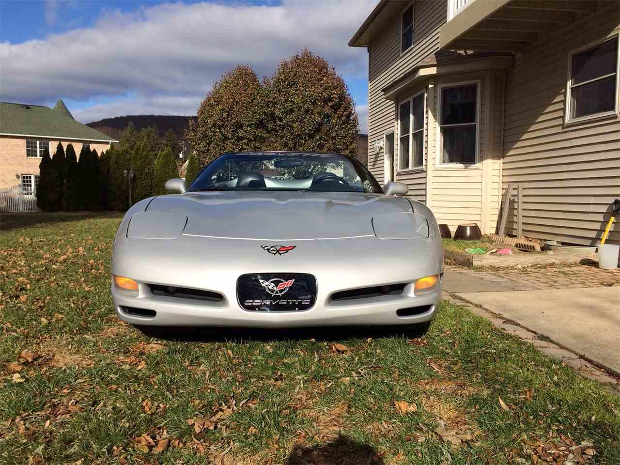 Large Picture of '98 Corvette - M769