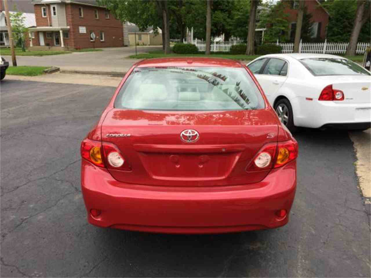 Large Picture of '09 Corolla located in Ohio Offered by Goetzman Motorcar LLC - M78N