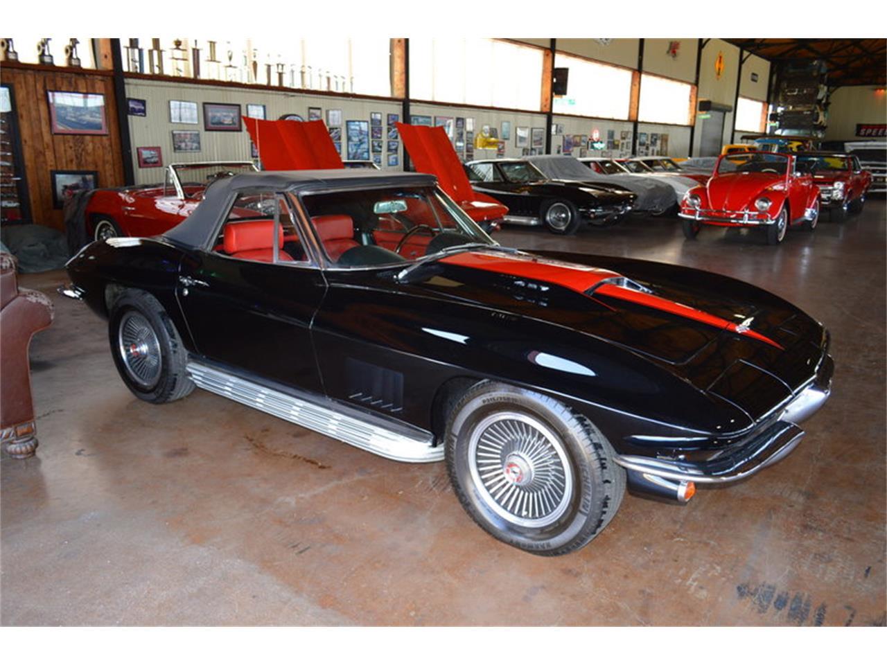 Large Picture of '67 Corvette - M7AQ