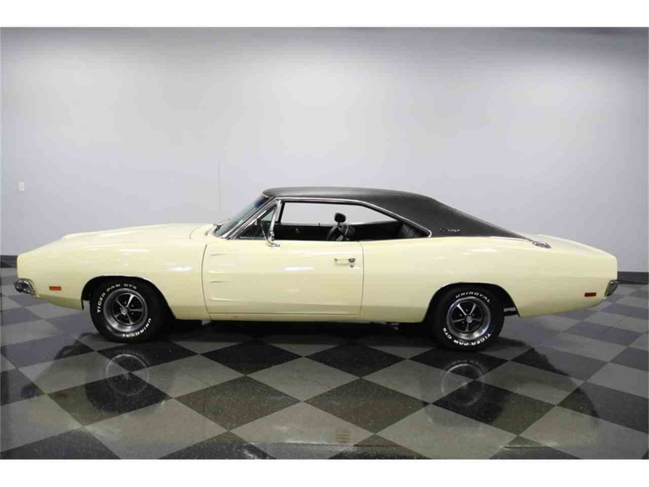 Large Picture of '69 Charger - M7CX