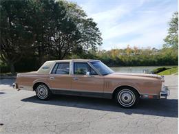 Picture of 1983 Lincoln Continental Mark VI located in Illinois - $7,900.00 - M7E3
