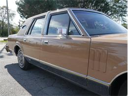 Picture of 1983 Lincoln Continental Mark VI Offered by Midwest Car Exchange - M7E3