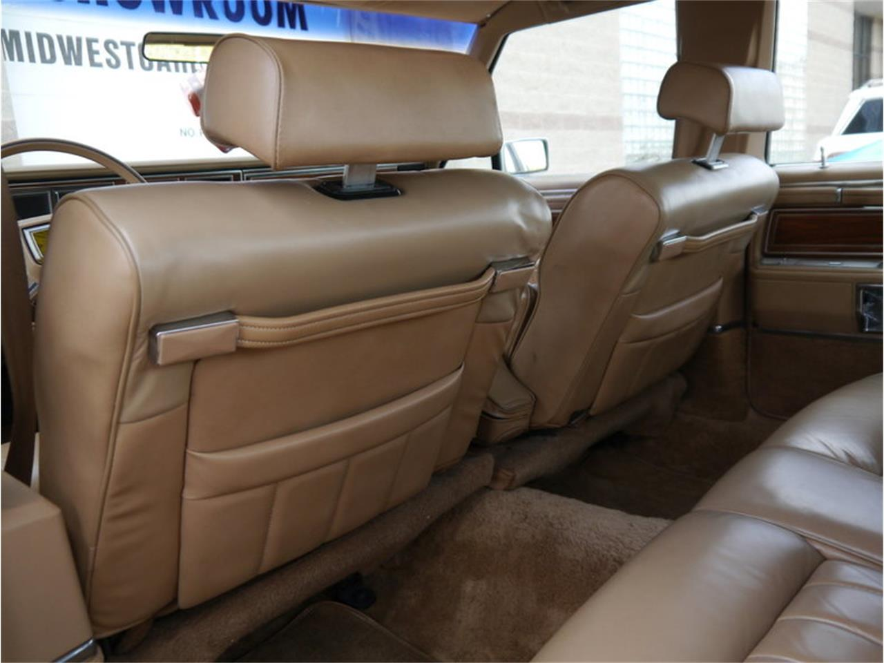 Large Picture of 1983 Continental Mark VI Offered by Midwest Car Exchange - M7E3