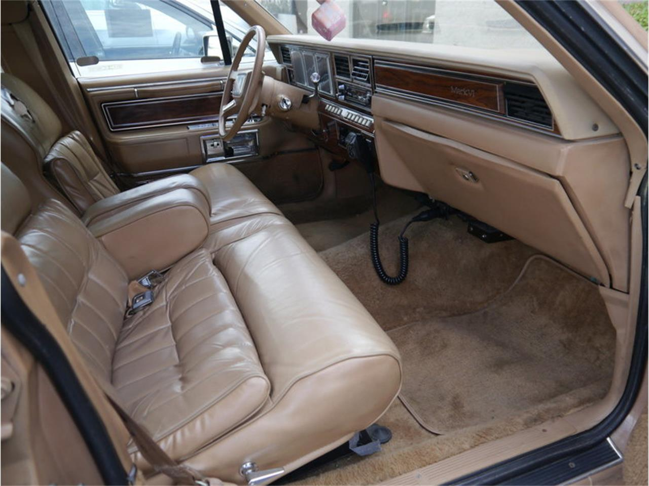 Large Picture of 1983 Lincoln Continental Mark VI located in Alsip Illinois Offered by Midwest Car Exchange - M7E3