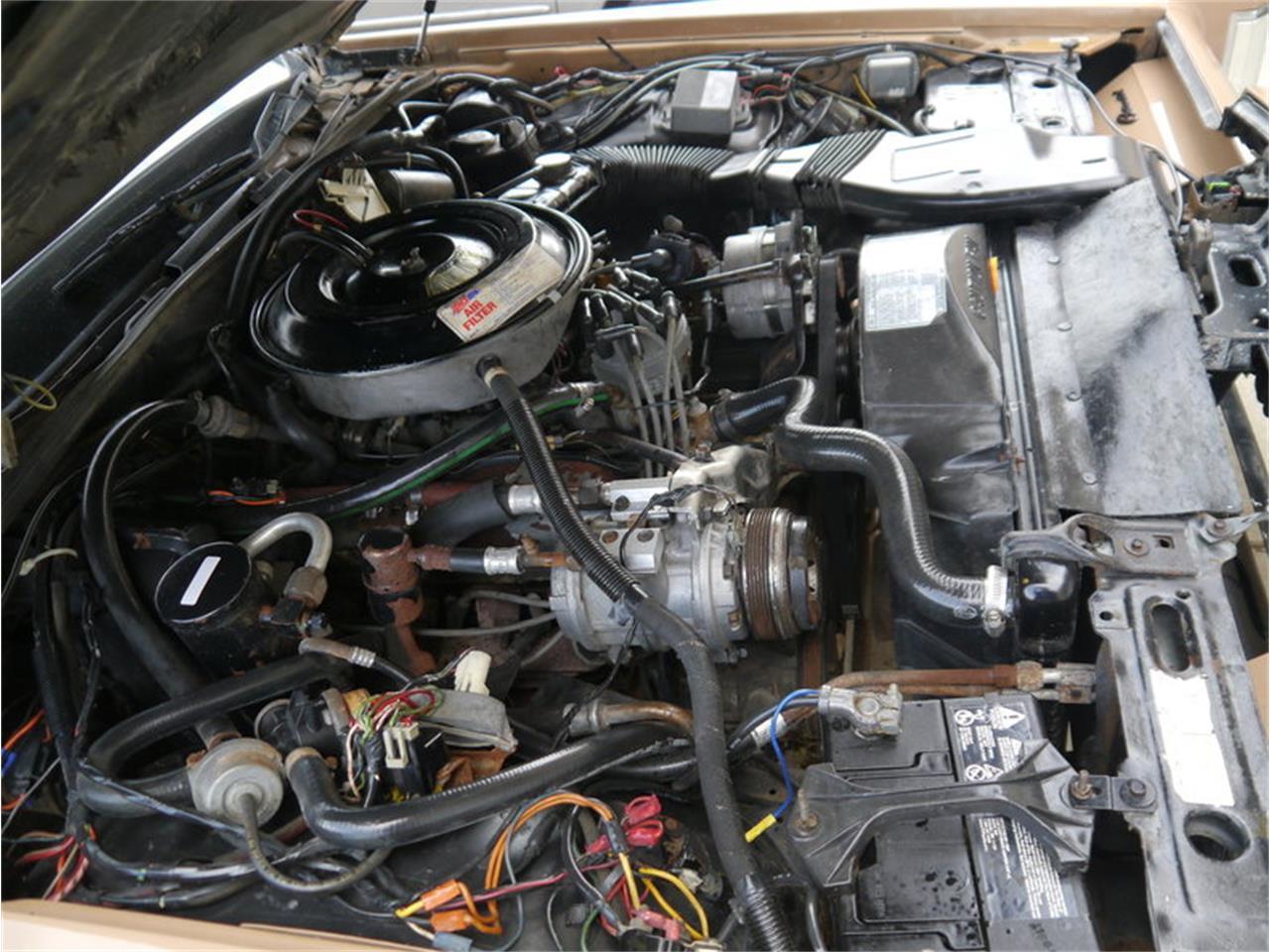 Large Picture of '83 Lincoln Continental Mark VI - M7E3