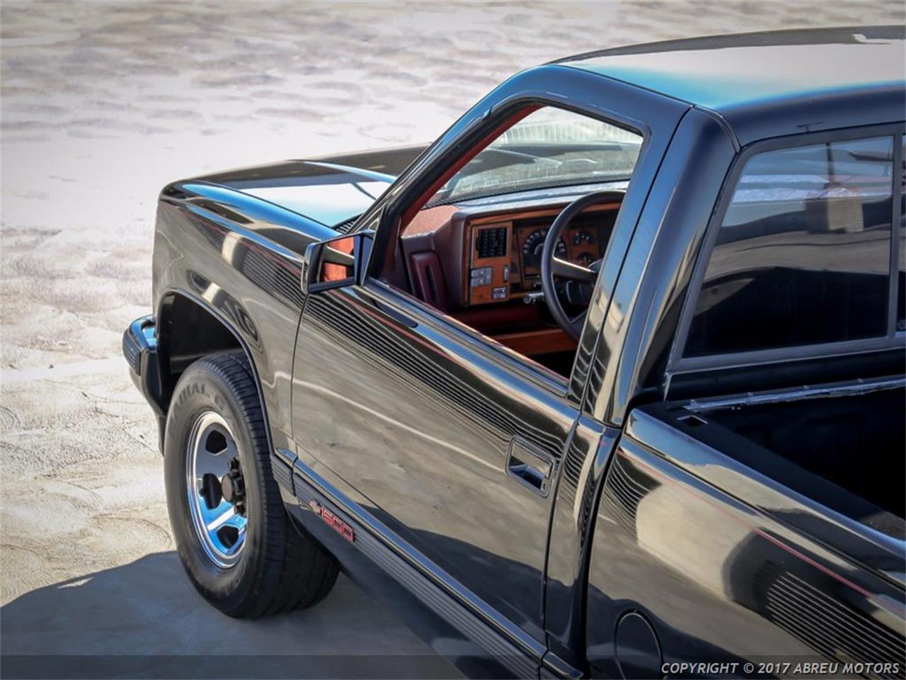Large Picture of '90 C/K 1500 - M7FM