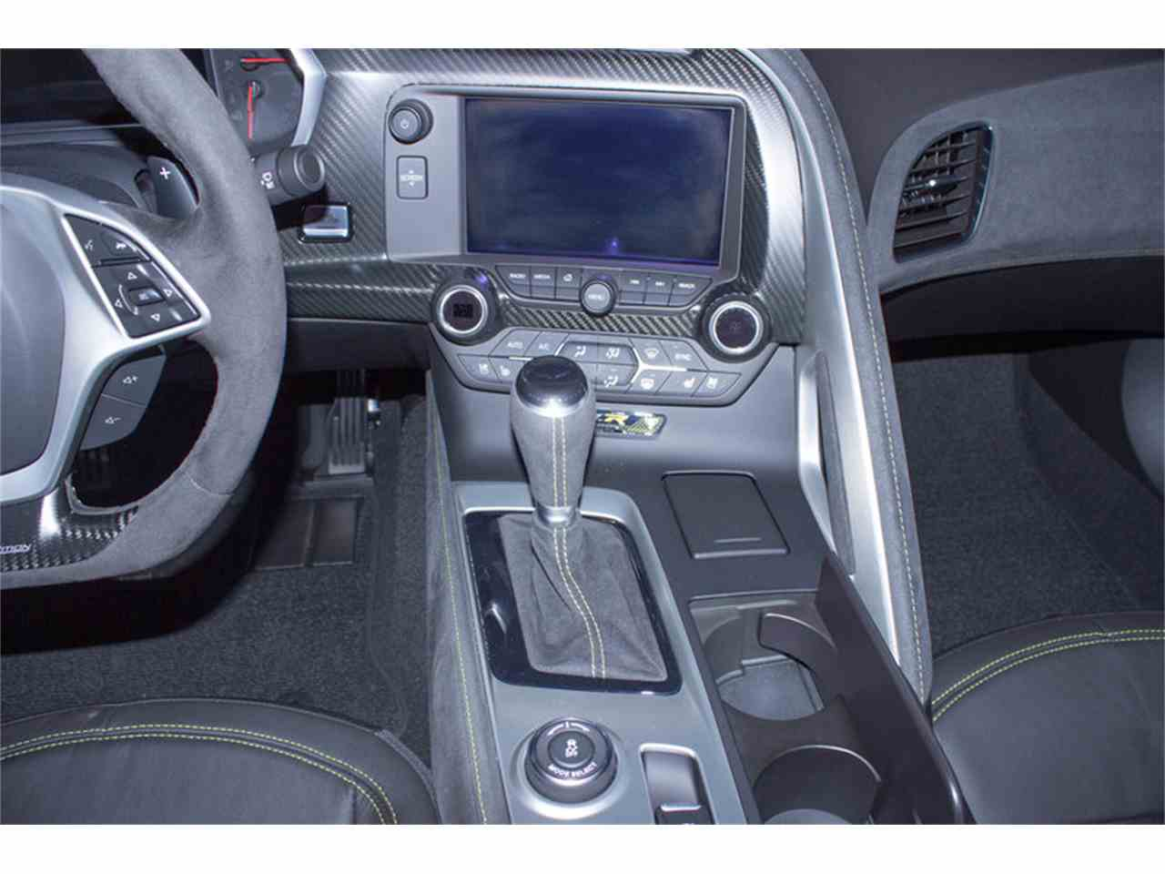 Large Picture of '16 Chevrolet Corvette Z06 located in Palmetto Florida - M7FW