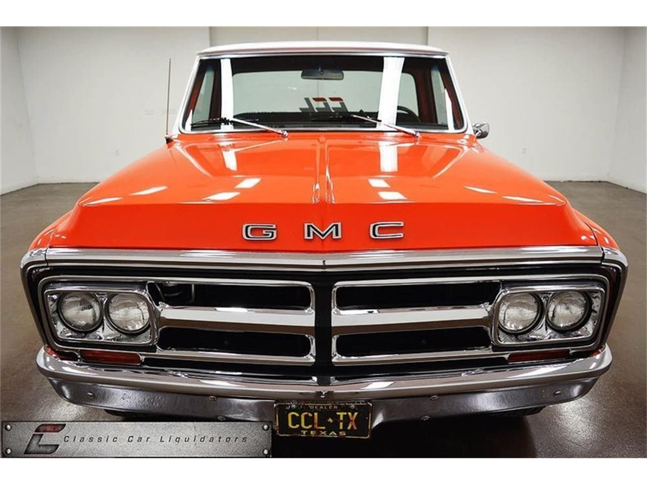 Large Picture of '70 Sierra 2500 located in Sherman Texas Offered by Classic Car Liquidators - M7GF