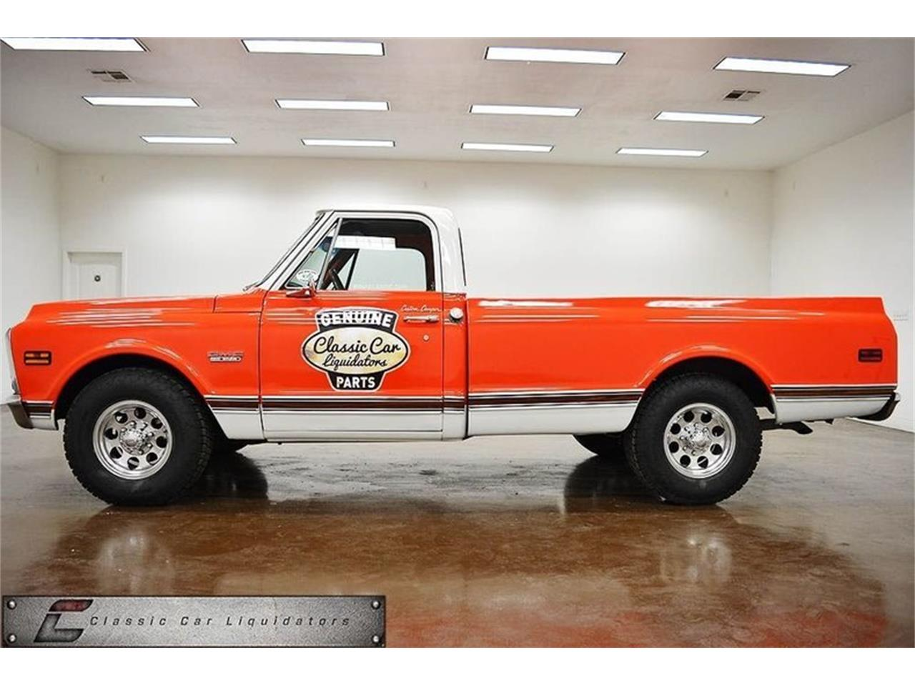 Large Picture of Classic 1970 Sierra 2500 located in Texas Offered by Classic Car Liquidators - M7GF