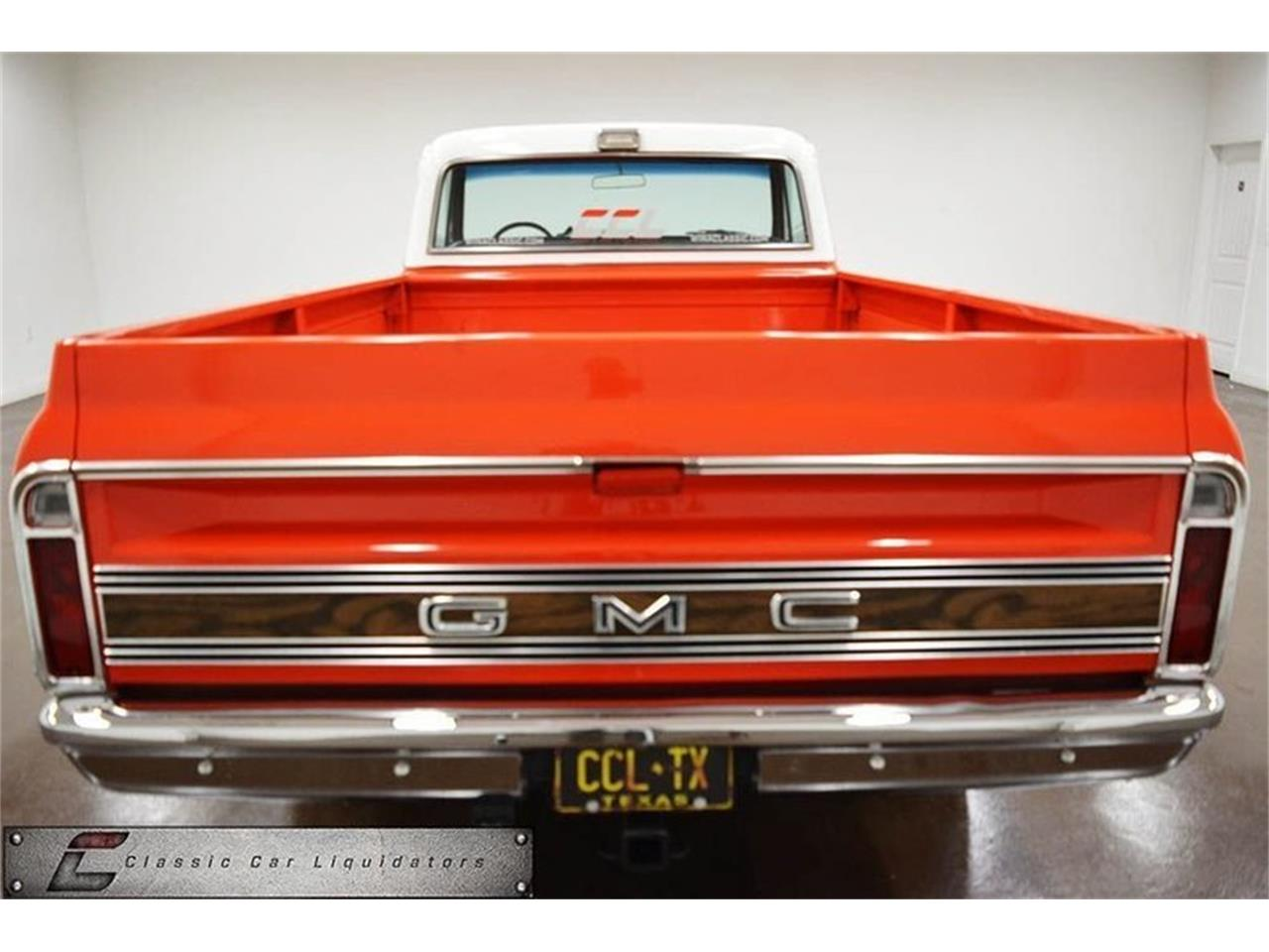Large Picture of Classic '70 Sierra 2500 located in Sherman Texas - $21,999.00 Offered by Classic Car Liquidators - M7GF