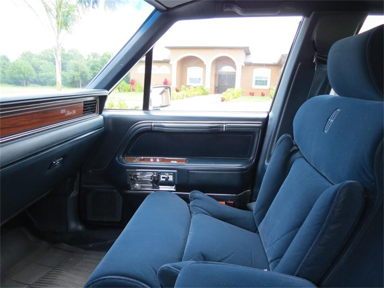 1988 Lincoln Town Car For Sale Classiccars Com Cc 1036158