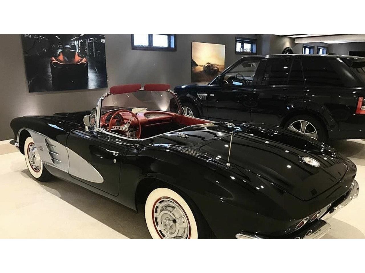 Large Picture of 1961 Chevrolet Corvette located in Florida Offered by a Private Seller - M7OZ