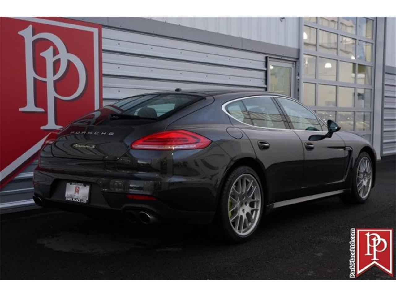 Large Picture of 2015 Panamera located in Bellevue Washington - M7QY