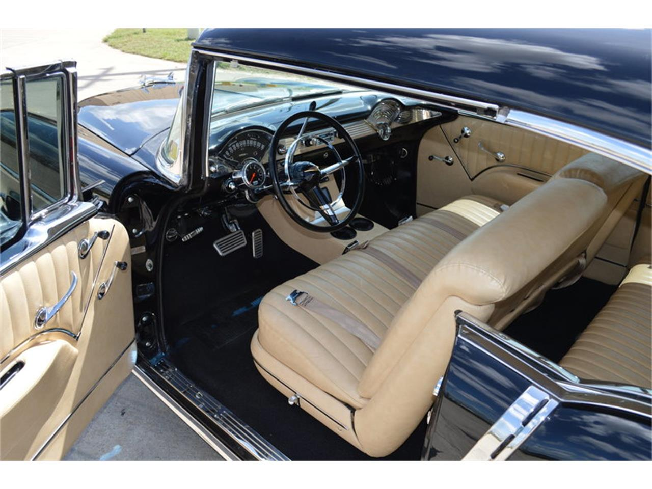 Large Picture of '55 Bel Air Offered by Frank's Car Barn - M7W0