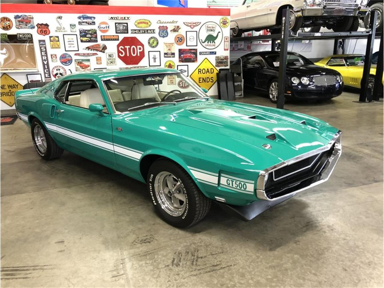 Large Picture of '70 Mustang - M7WC