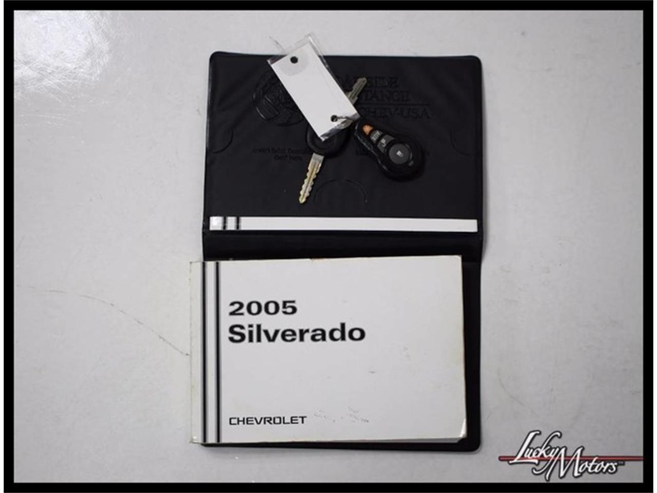 Large Picture of '05 Silverado - M7XW
