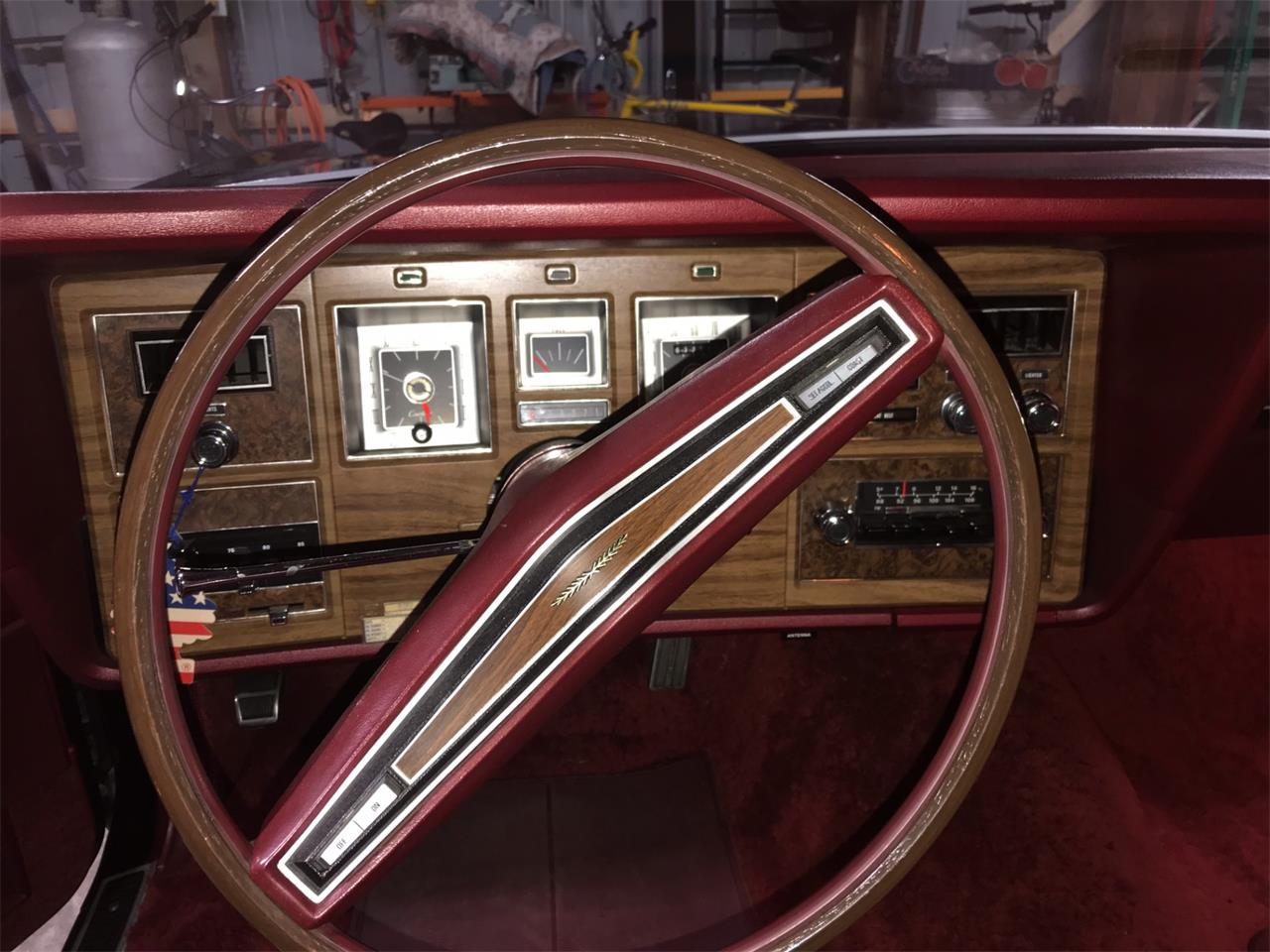 Large Picture of Classic '72 Lincoln Continental - M7ZR