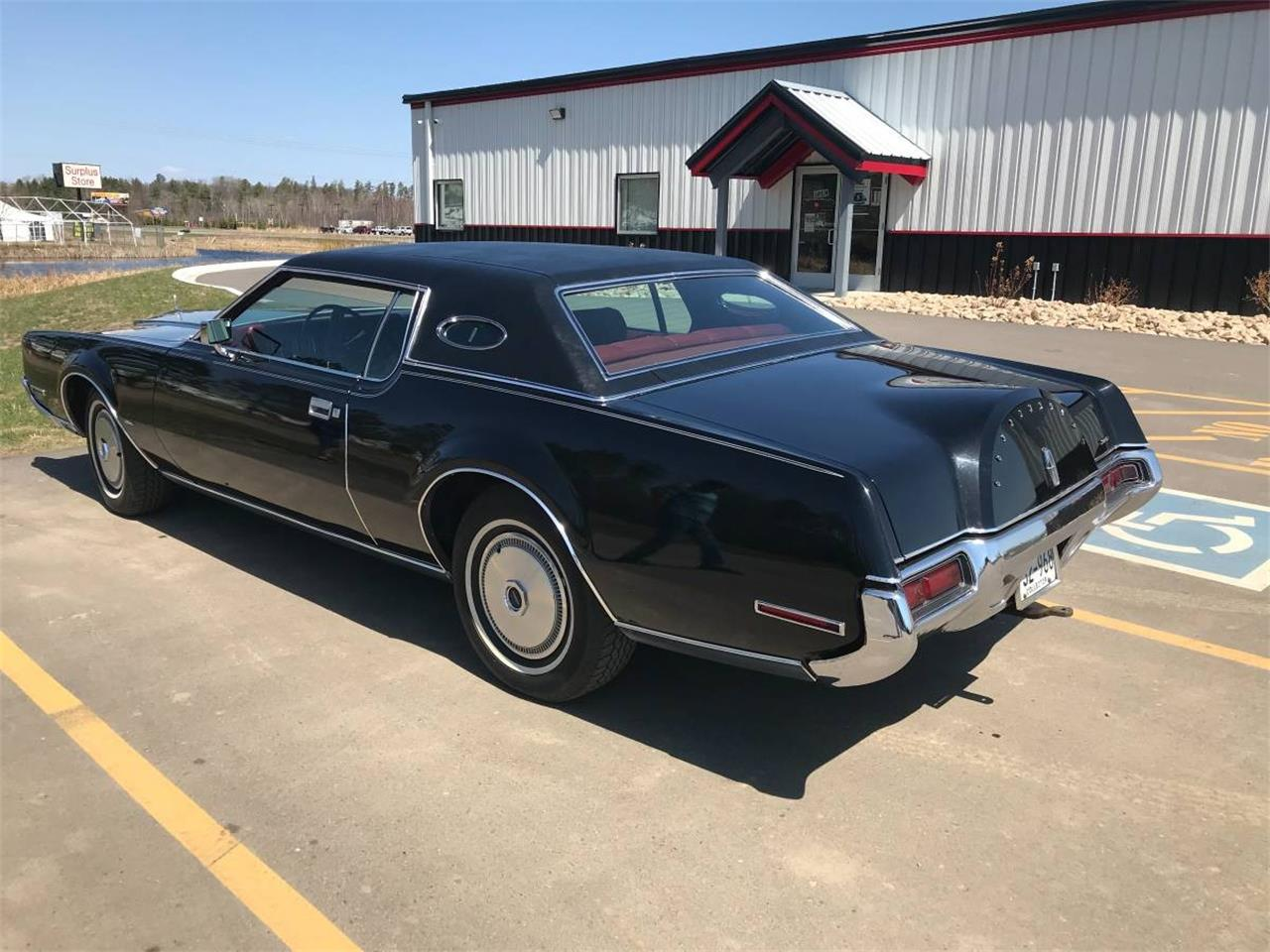 Large Picture of '72 Lincoln Continental - $9,900.00 Offered by High Rollers Hot Rods and Classics - M7ZR
