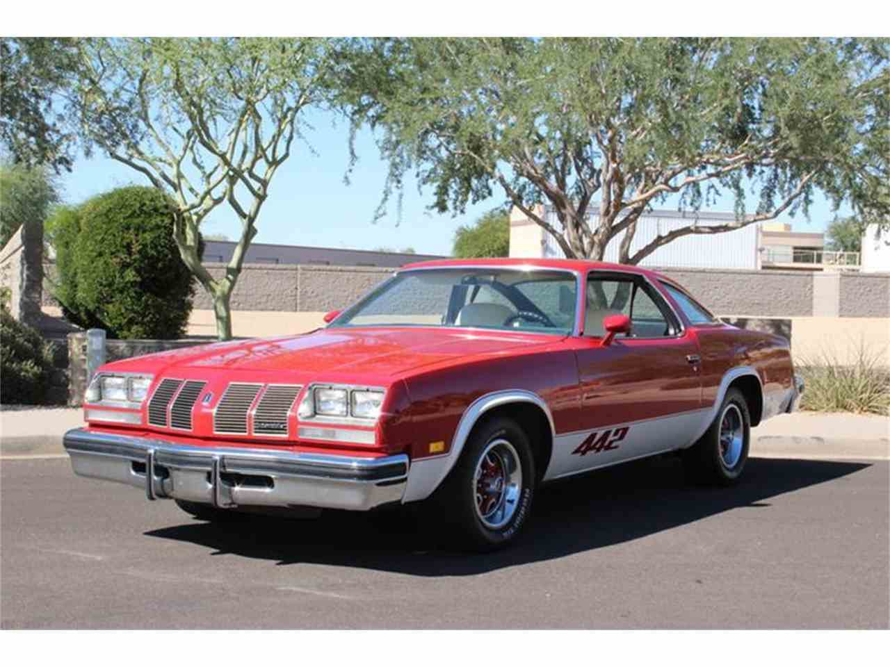 Large Picture of '77 Cutlass - M7ZZ
