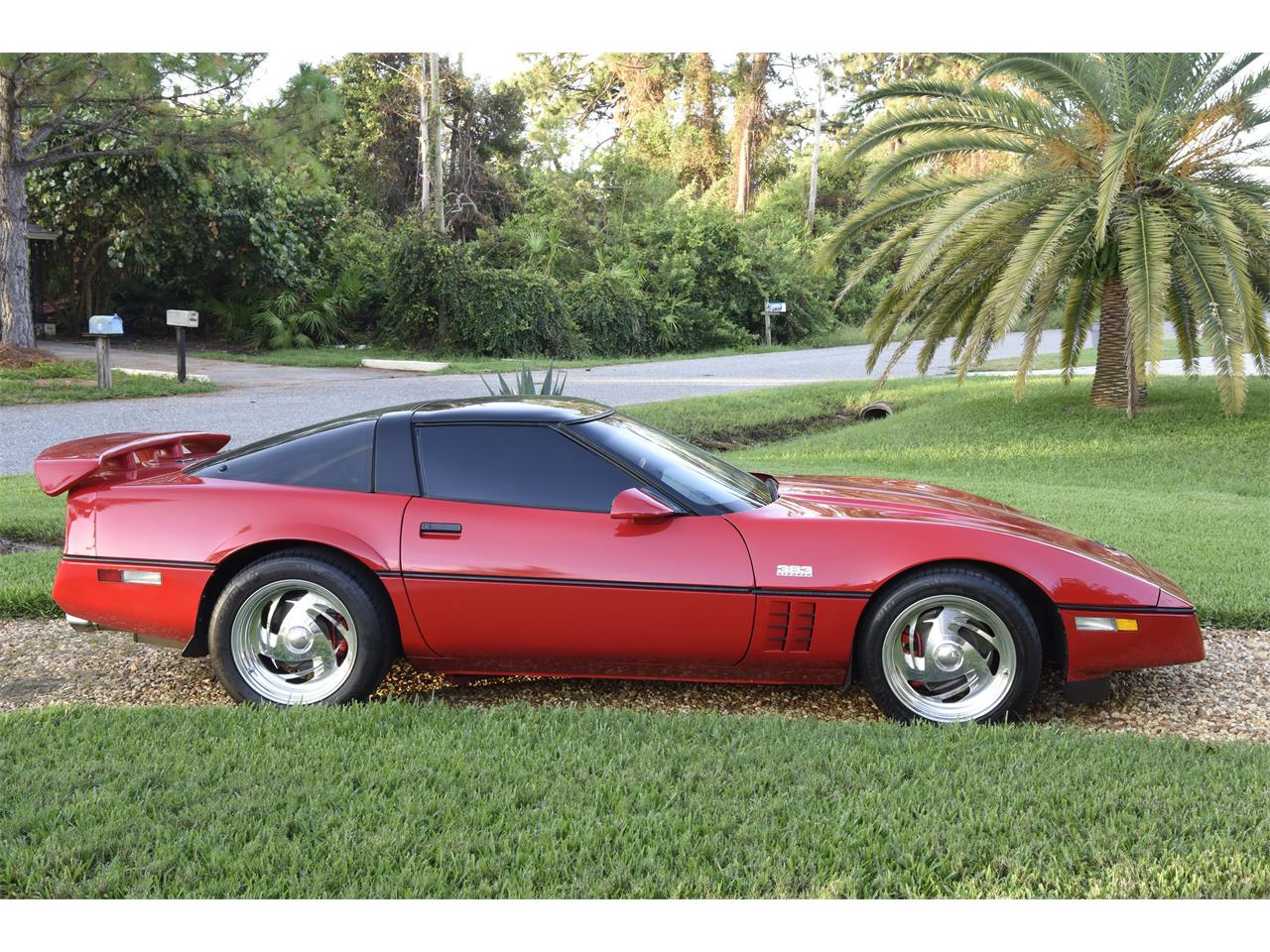 Large Picture of '85 Chevrolet Corvette Offered by a Private Seller - M81O