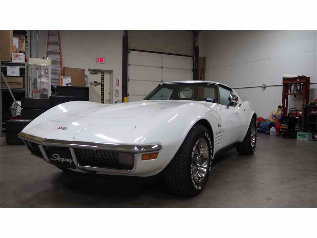Large Picture of Classic 1971 Corvette - M86F