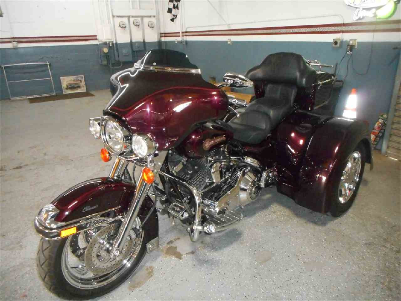 Large Picture of '06 Tri-Glide - M879
