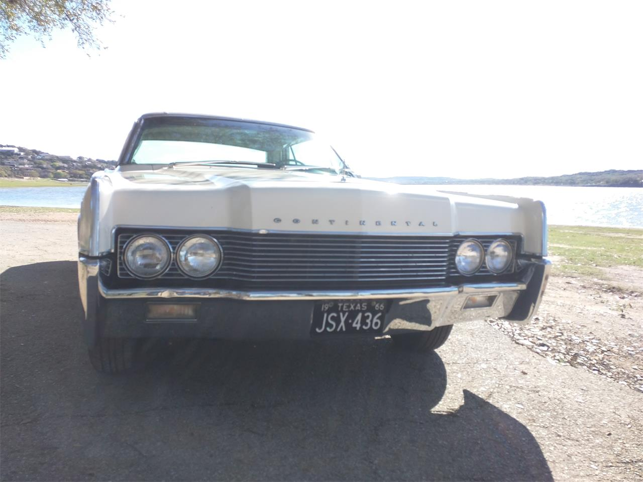 Large Picture of Classic '66 Lincoln Continental - $10,750.00 - M87N