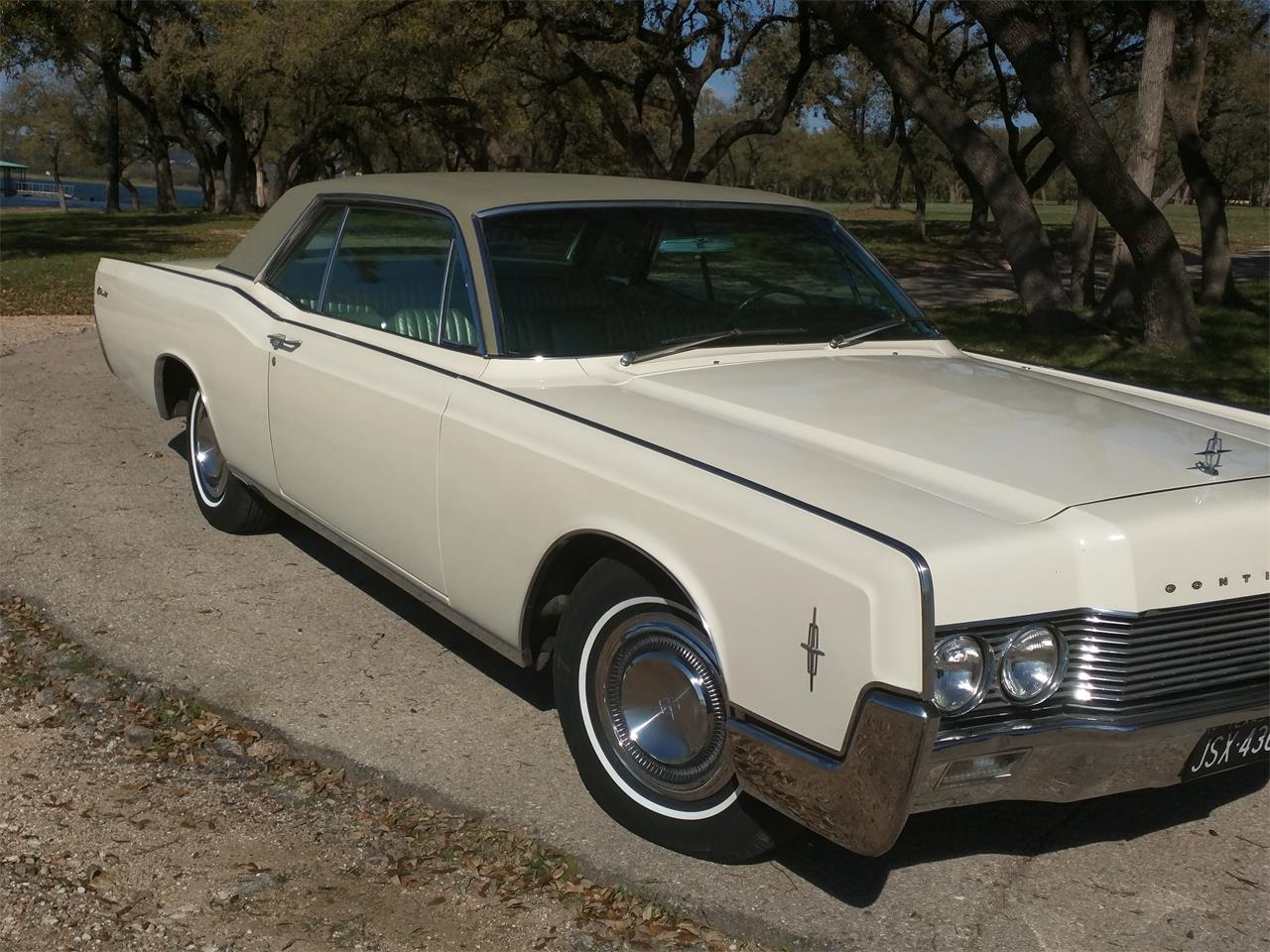 Large Picture of Classic 1966 Lincoln Continental located in Texas - $10,750.00 - M87N