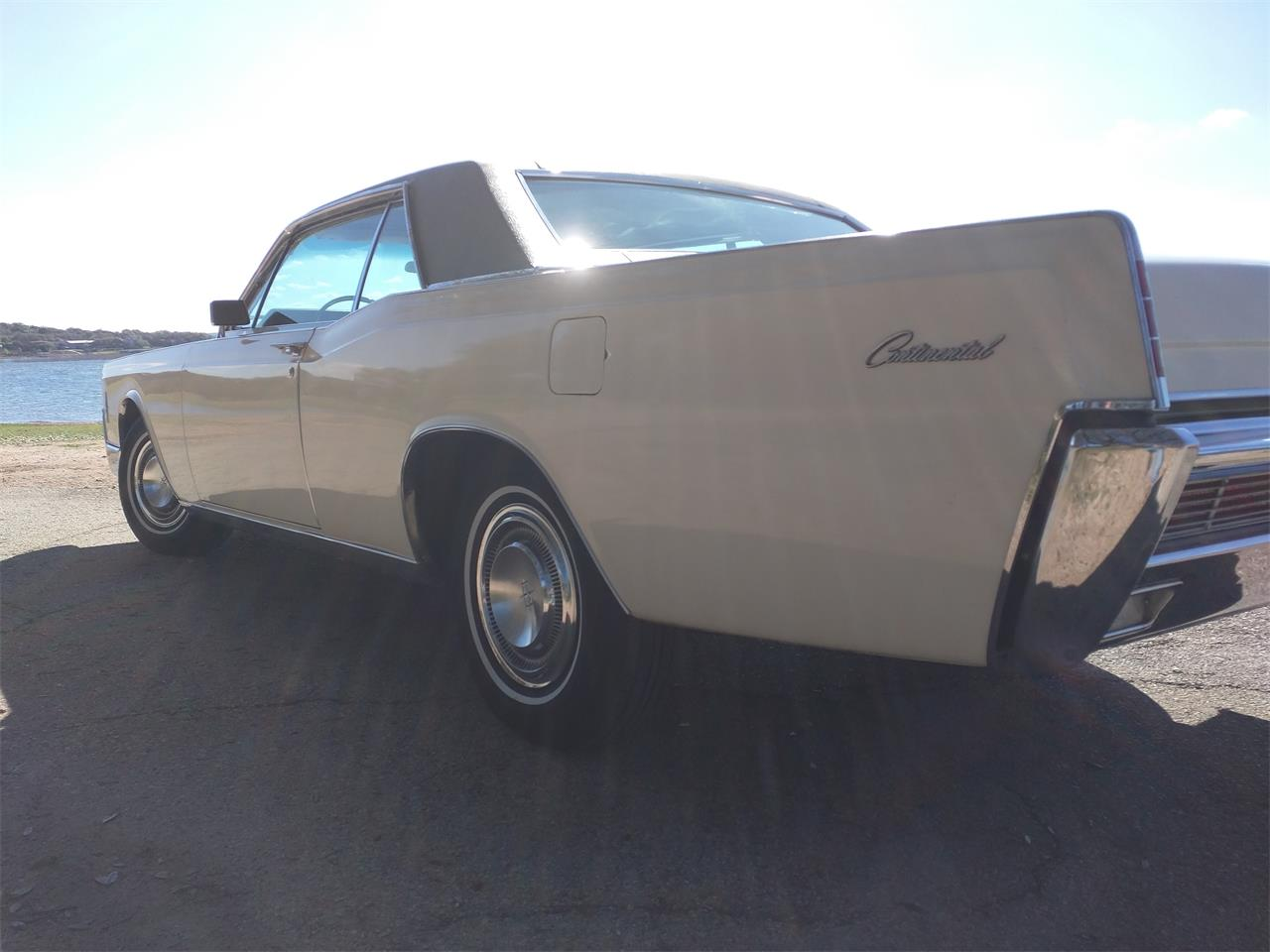 Large Picture of 1966 Lincoln Continental located in Texas Offered by a Private Seller - M87N
