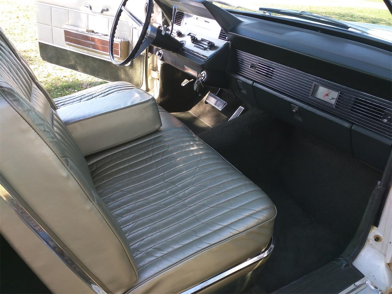 Large Picture of Classic '66 Continental - $10,750.00 - M87N
