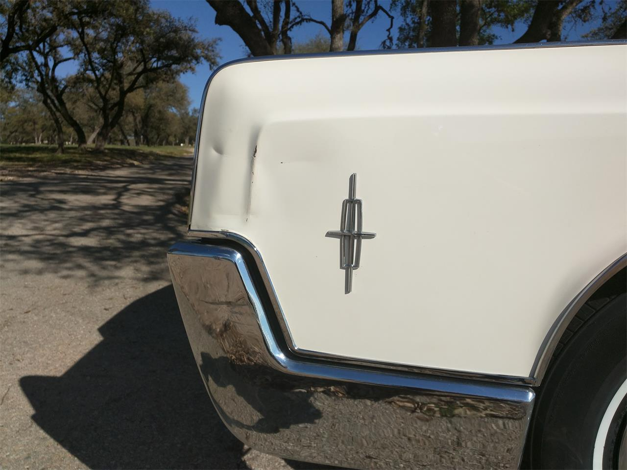 Large Picture of 1966 Continental Offered by a Private Seller - M87N