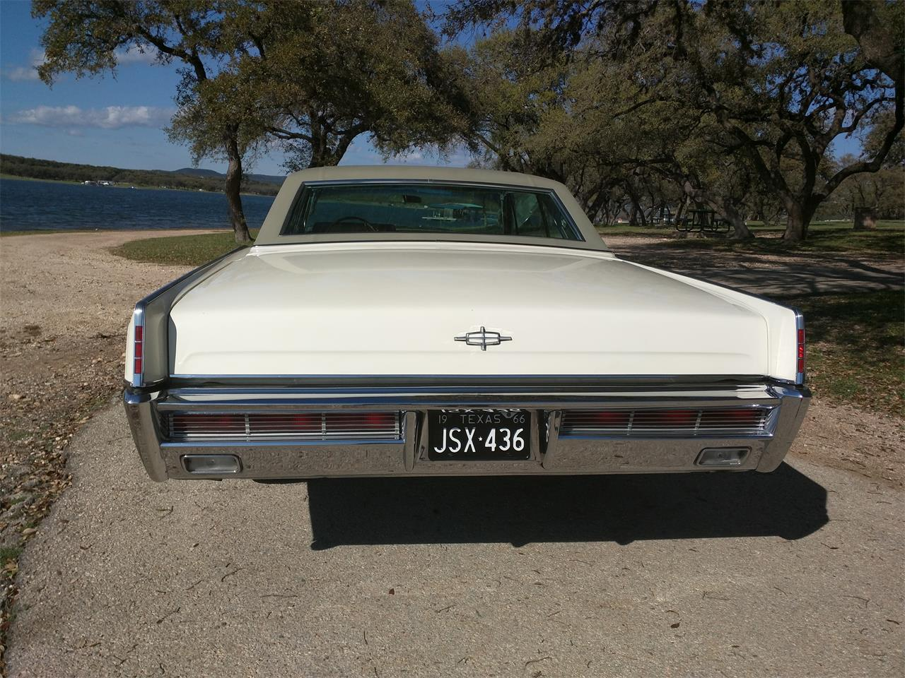 Large Picture of Classic '66 Continental located in Texas - $10,750.00 - M87N