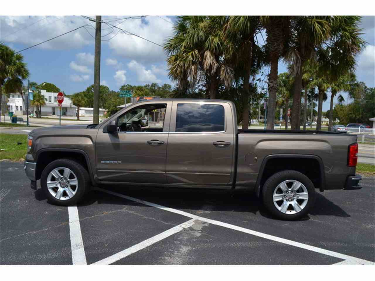 Large Picture of '15 Sierra - M87X