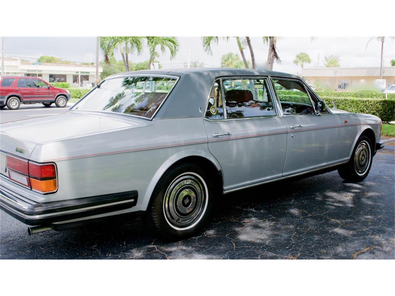 Large Picture of '86 Rolls-Royce Silver Spur located in Boca Raton Florida - M883
