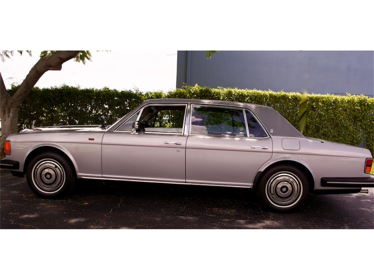 Large Picture of '86 Rolls-Royce Silver Spur located in Florida - M883