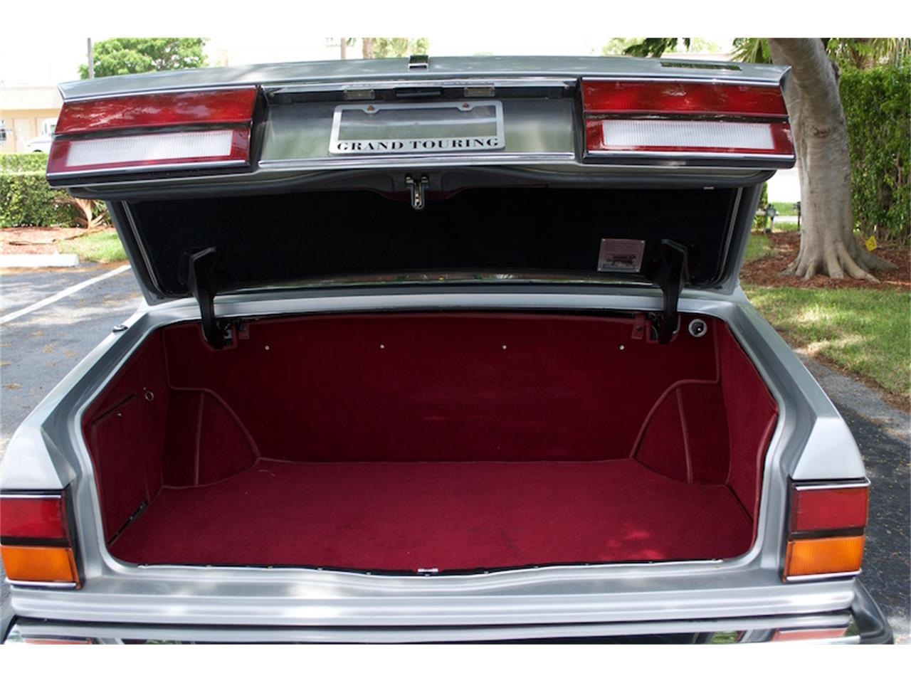 Large Picture of 1986 Rolls-Royce Silver Spur located in Boca Raton Florida - $18,900.00 - M883