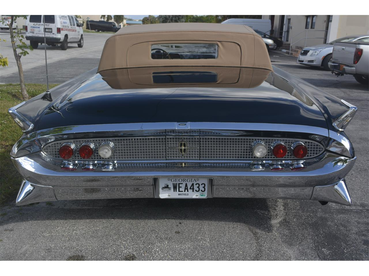 Large Picture of '58 Continental Mark III - M89V