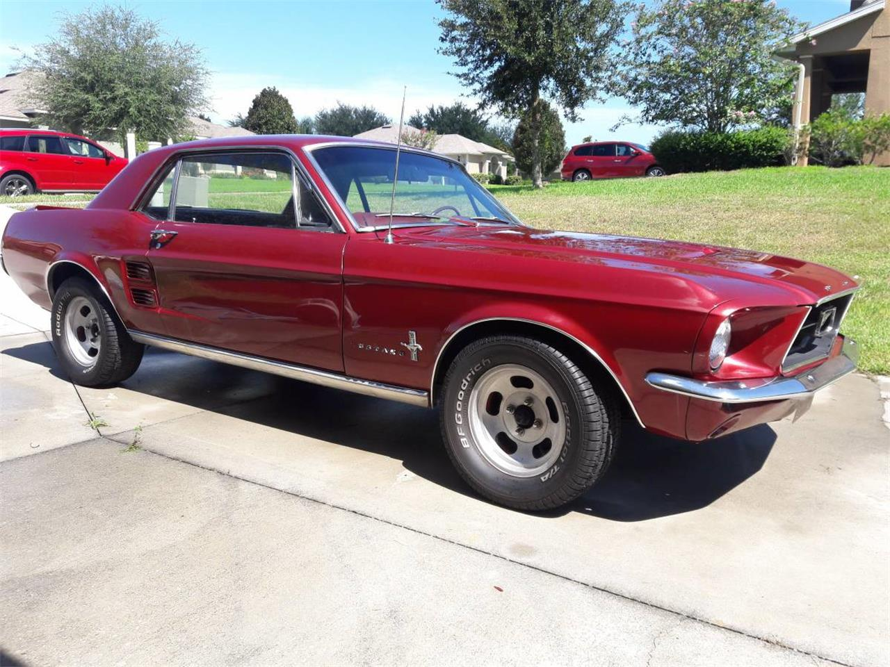 Large Picture of Classic '67 Mustang located in Clermont Florida - $11,500.00 Offered by a Private Seller - M8AB