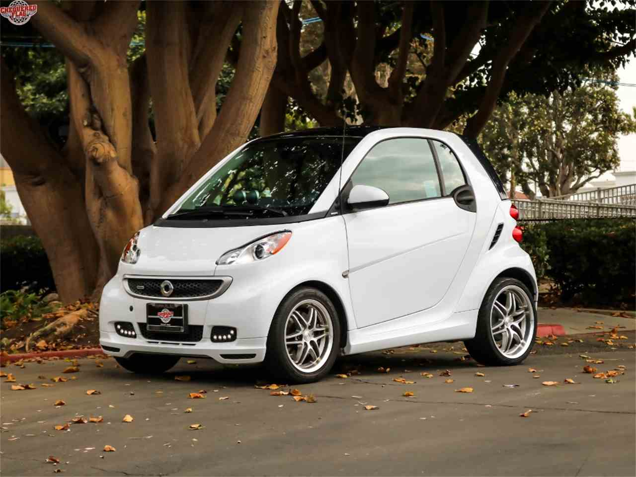 Large Picture of 2015 Smart Fortwo located in Marina Del Rey California Offered by Chequered Flag International - M8CG