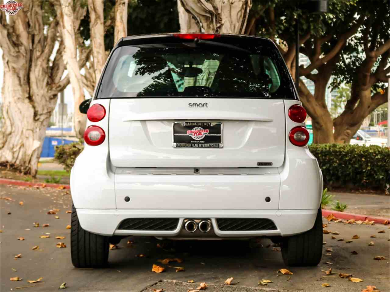 Large Picture of 2015 Fortwo located in Marina Del Rey California Offered by Chequered Flag International - M8CG