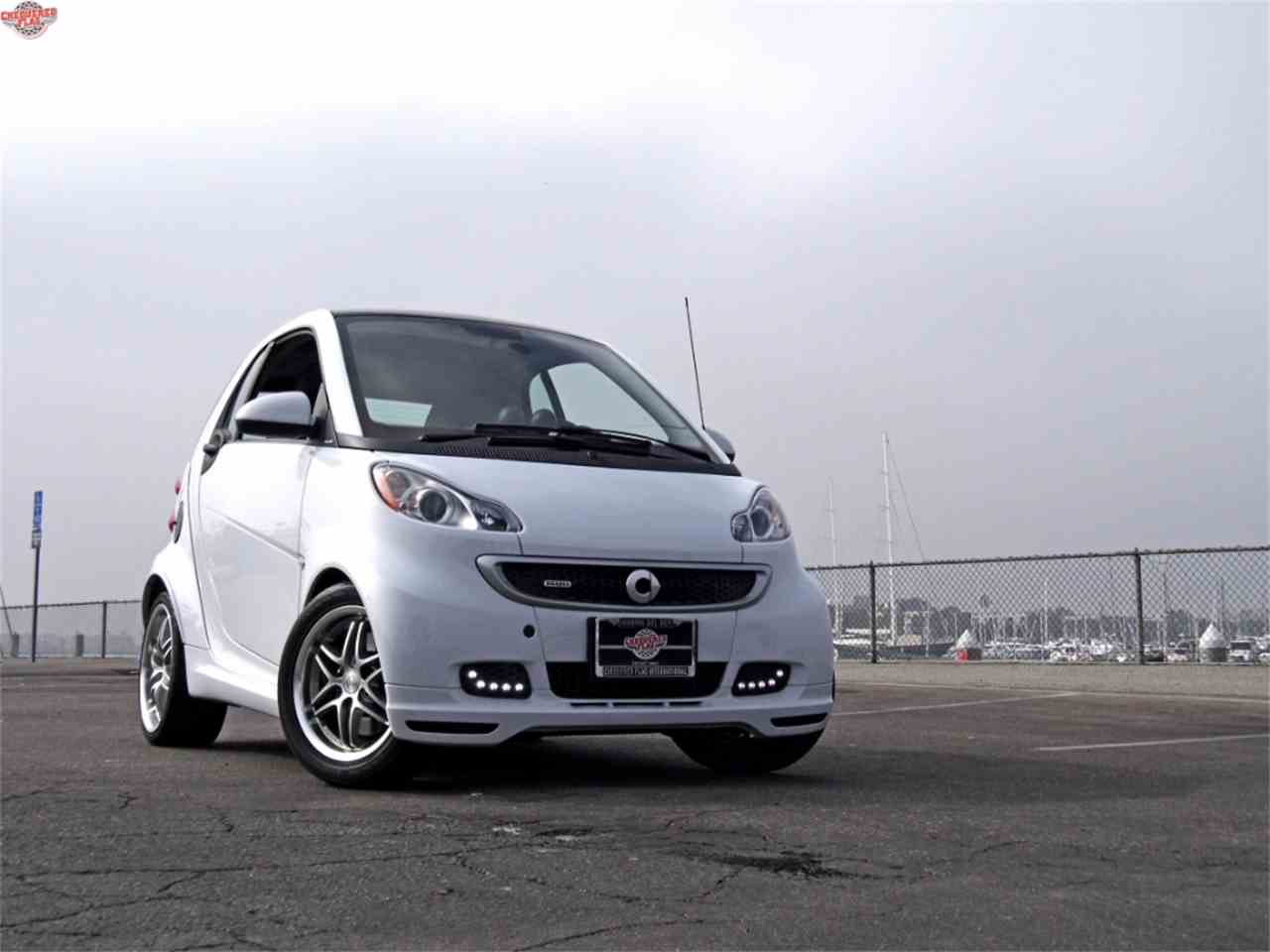 Large Picture of '15 Fortwo Offered by Chequered Flag International - M8CG
