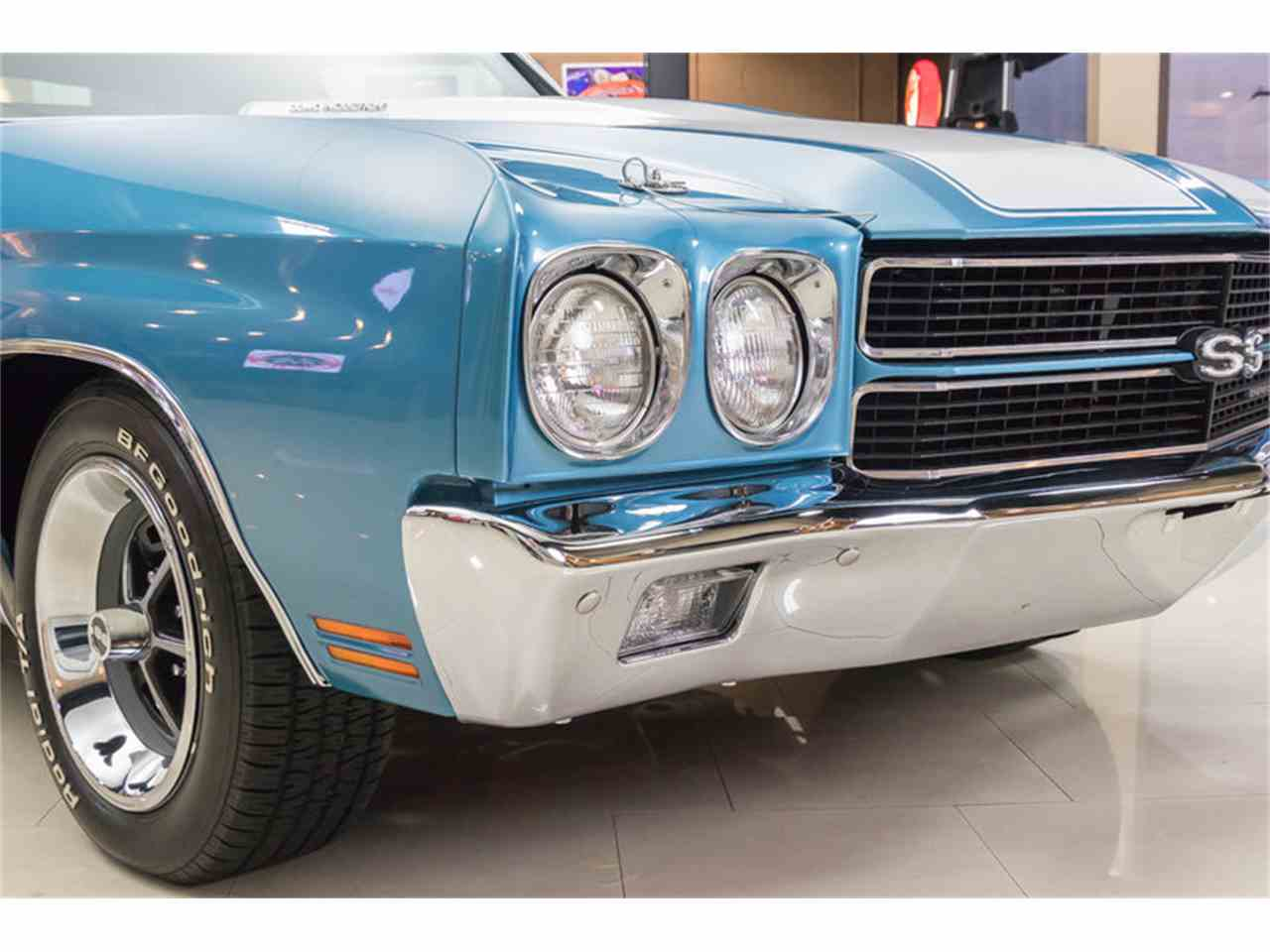 Large Picture of Classic '70 Chevelle - $64,900.00 Offered by Vanguard Motor Sales - M8F5