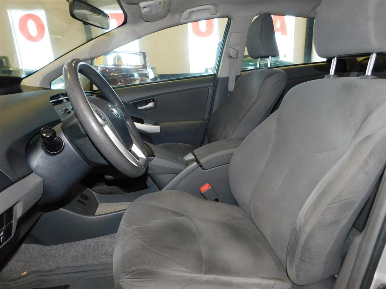 Large Picture of '10 Prius - M8HH
