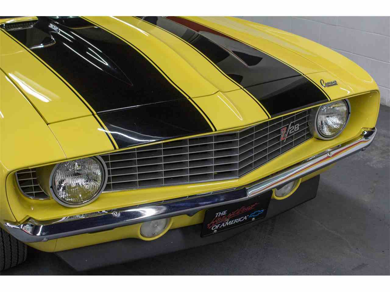 Large Picture of 1969 Camaro Z28 located in Montreal Quebec - $79,000.00 Offered by John Scotti Classic Cars - M8KS
