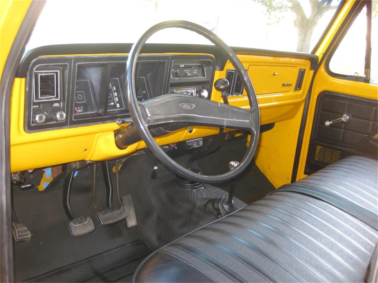 Large Picture of 1974 Ford F250 located in houston Texas - $27,900.00 - M8LZ