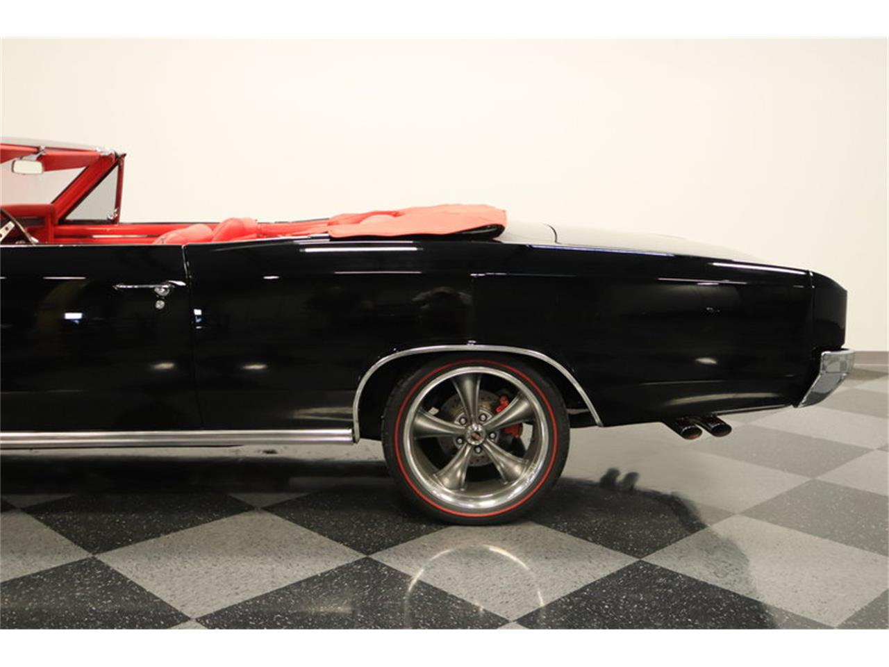 Large Picture of Classic '66 Chevelle SS located in Arizona Offered by Streetside Classics - Phoenix - M8NE