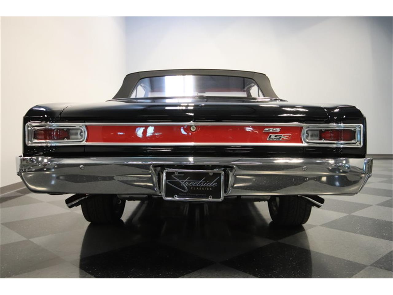 Large Picture of Classic '66 Chevrolet Chevelle SS Offered by Streetside Classics - Phoenix - M8NE