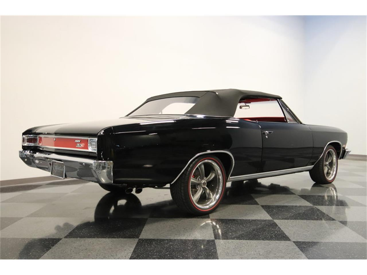 Large Picture of '66 Chevelle SS located in Arizona - $109,995.00 Offered by Streetside Classics - Phoenix - M8NE