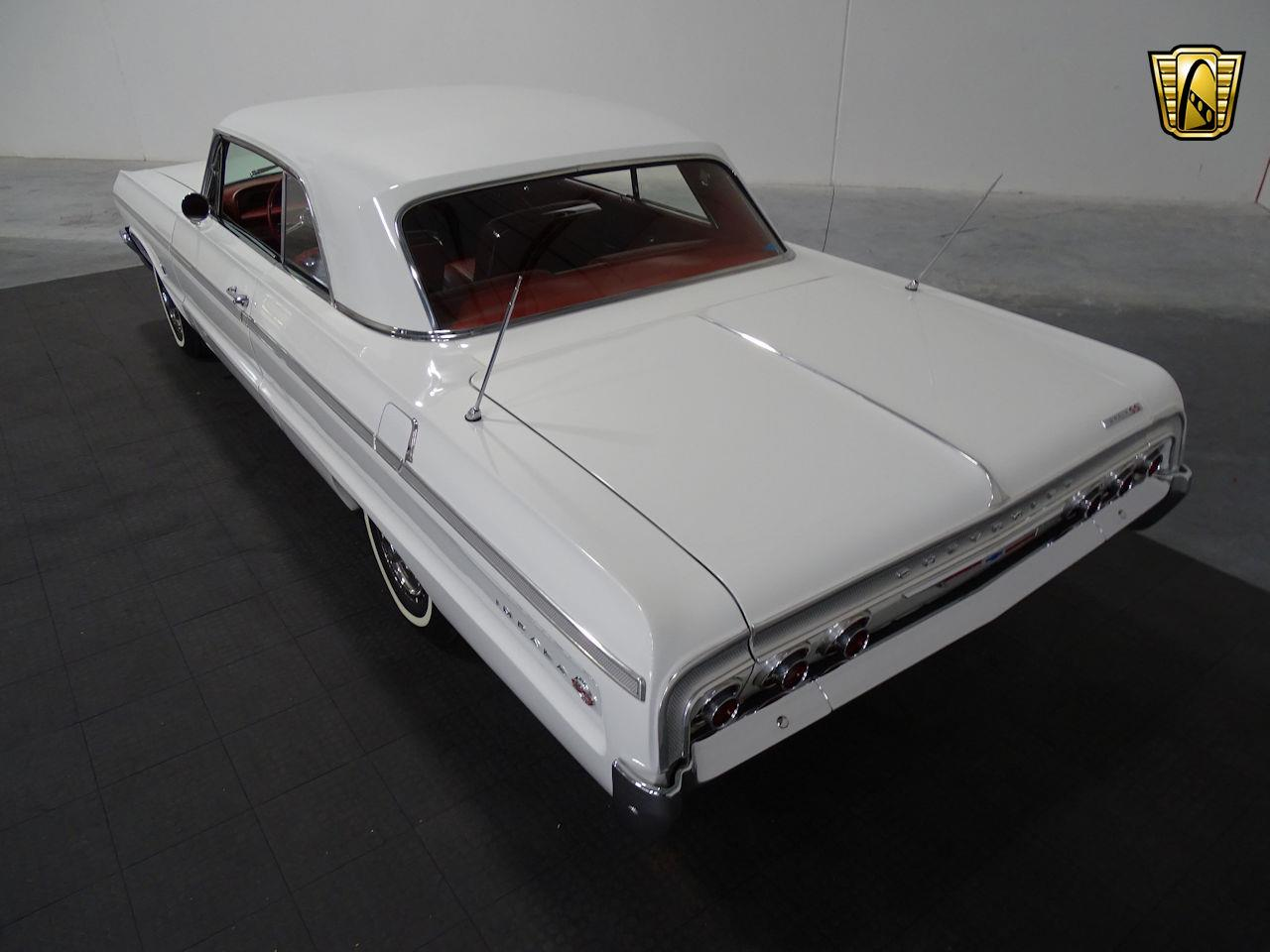 Large Picture of '64 Chevrolet Impala located in Houston Texas Offered by Gateway Classic Cars - Houston - M8PS