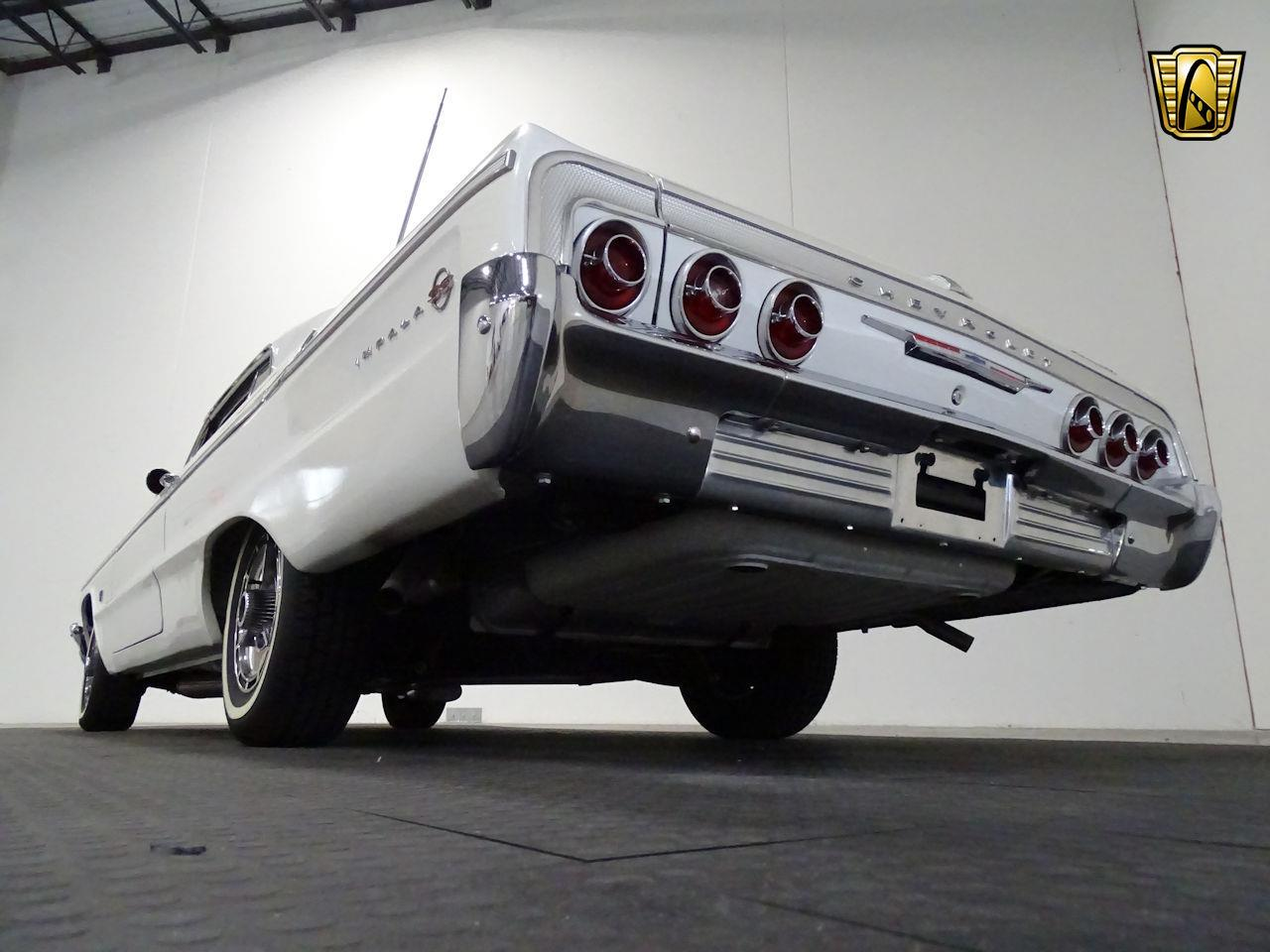 Large Picture of '64 Impala located in Texas - $37,595.00 Offered by Gateway Classic Cars - Houston - M8PS